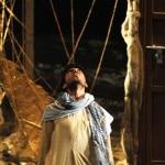 الفنان حسن صقر في مسرحية المسعور