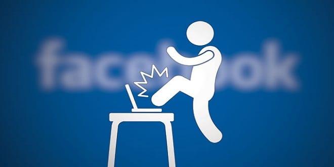 دراسة أمريكية : الإفراط في الجلوس أمام شبكات التواصل الاجتماعية تسبب الغباء